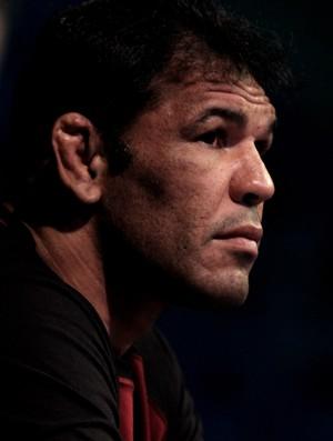 Rodrigo Minotauro anuncia su retiro para finales del 2015