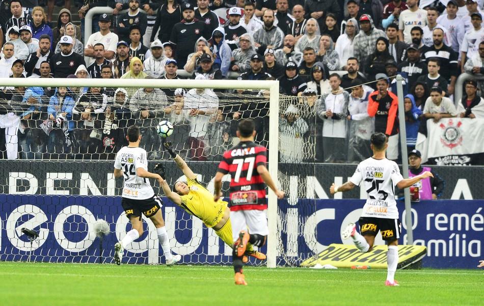 BLOG: Jogo Rápido da 21ª rodada: concorrentes não aproveitam a derrota do Corinthians