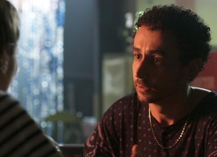 Romildo garante a Lorena que Alex vai morrer