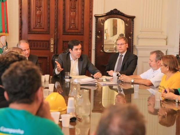 Servidores são recebidos no Palácio Piratini (Foto: Divulgação/Palácio Piratini)