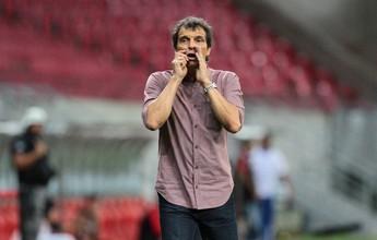 Após empate, Milton Cruz reconhece situação complicada do Náutico
