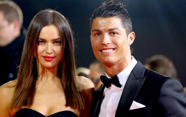 Irina e Cristiano Ronaldo prêmio Bola de Ouro (Foto: Getty Images)