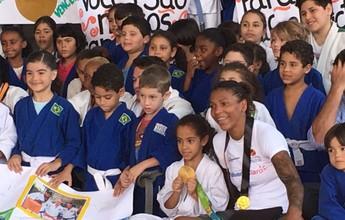 Rafaela Silva se torna embaixadora dos Jogos Escolares da Juventude