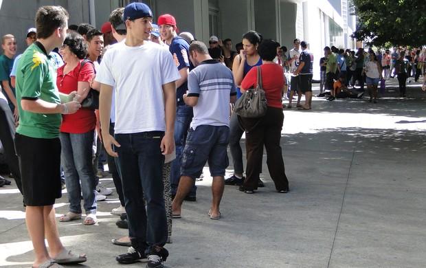 Venda de ingressos para Minas x Cruzeiro (Foto: Ana Paula Moreira / GLOBOESPORTE.COM)
