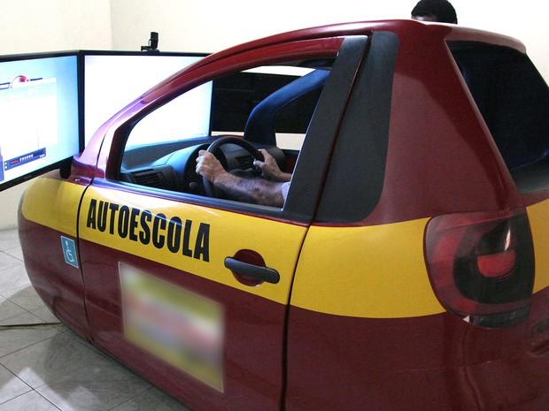 Com decisão, Contran não poderá exigir uso de simuladores em autoescolas (Foto: Flora Dolores / O Estado)