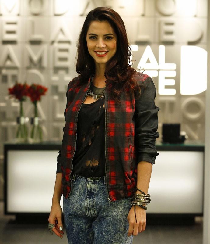 Michelle Costa interpreta Marcinha em 'Totalmente Demais' (Foto: Raphael Dias/Gshow)