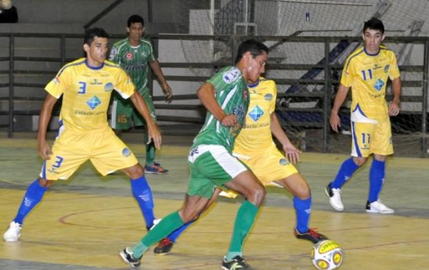 Duas disputas da Taça Cidade de Boa Vista de Futsal estão revervadas para esta sexta-feira, no ginásio Hélio Campos (Foto: Reynesson Damasceno)