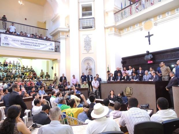 Bolsonaro na Assembleia (Foto: Thays Estarque/G1)