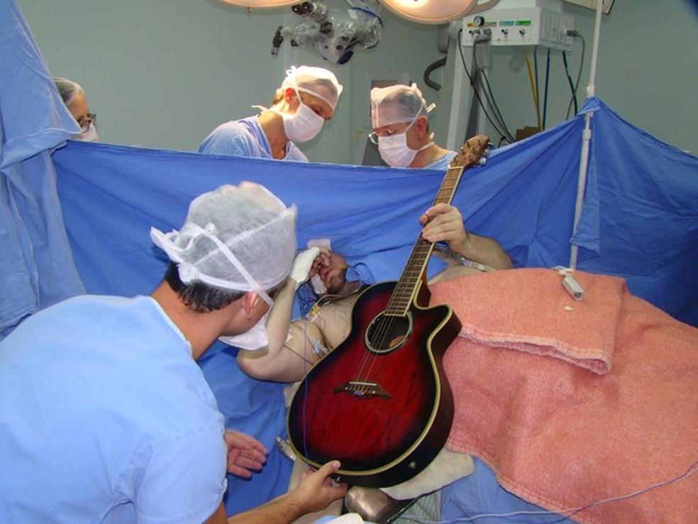 Anthony foi operado em 2015 (Foto: Hospital Nª Sª da Conceição/Divulgação)