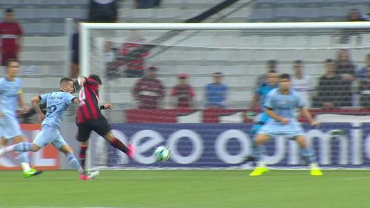 CBF vê erros de arbitragem contra Atlético-PR e Bahia na segunda rodada do Brasileiro