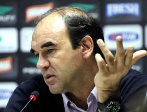 Ricardo Gomes coletiva Vasco (Foto: Cezar Loureiro / Agência O Globo)