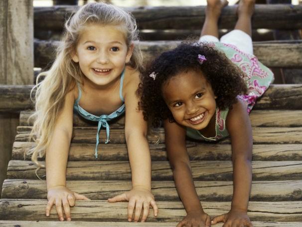 Dia das Crianças 1_606x455 (Foto: Thinkstock / Getty Images)