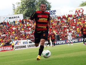 Felipe Azevedo, atacante do Sport (Foto: Wagner Damásio/Divulgação Sport)