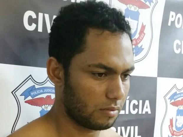 Rafael Ferreira de Almeida, de 22 anos, foi preso na fronteira de Mato Grosso com a Bolívia (Foto: Assessoria/Polícia Civil de MT)