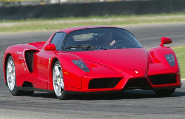 Ferrari Enzo, lançada em 2002 (Foto: Divulgação)
