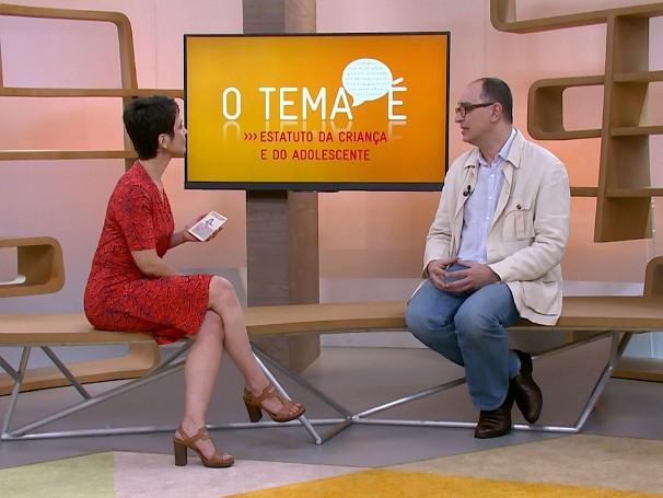 O educador Reinaldo Bugareli conversa com Sandra Annenberg sobre o Estatuto da Criança e do Adolescente (Foto: Globo)