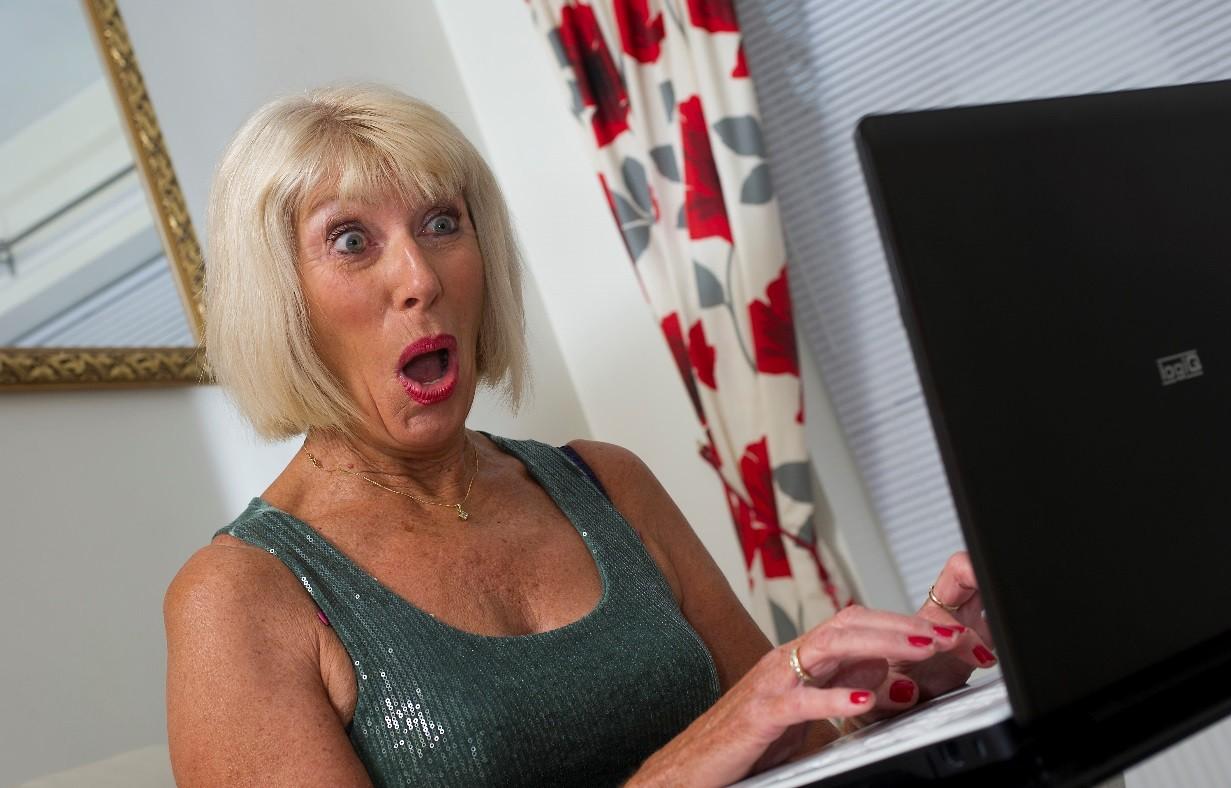 Margaret já saiu com mais de 200 homens que conheceu em chats