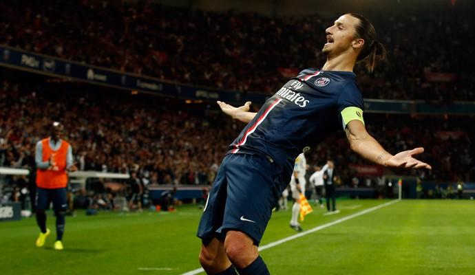 ibrahimovic paris saint germain x St Etienne (Foto: Reuters)
