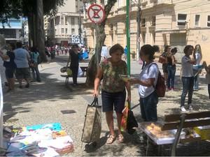 Manifestação PIBID Juiz de Fora (Foto: Roberta Oliveira/ G1)