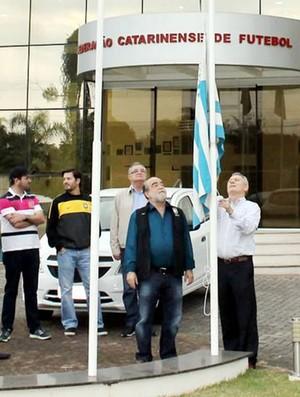 Avaí Federação Catarinense certificado clube formador (Foto: Divulgação/FCF)