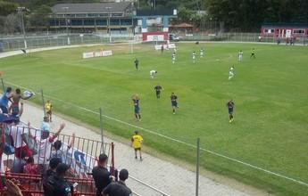 Friburguense bate a Lusa de virada e fica a um empate do título da Copa Rio
