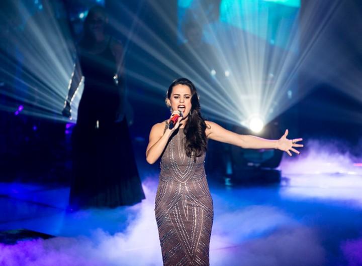 """Allice Tirolla fez apresentação ao vivo de """"Skyfall"""" da Adele (Foto: Isabella Pinheiro/Gshow)"""