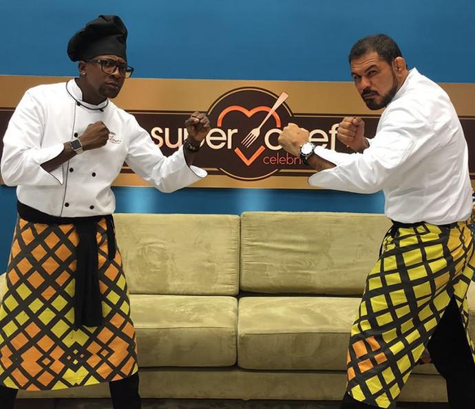 Minotauro e Mumuzinho se enfrentam na Panela de Pressão do 'Super Chef' (Foto: Renata Viot/Gshow)