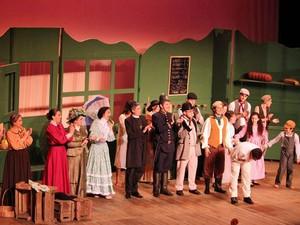 Apresentação da peça Albert Herrring - Casa Cultura Brasília (Foto: Renata Blanco/ Divulgação)