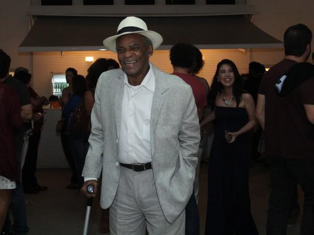 Antônio Pitanga em peça em Ipanema, Zona Sul do Rio (Foto: Wallace Barbosa/ Ag. News)