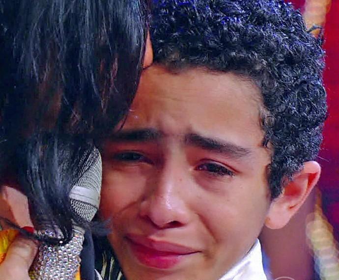 Bailarino do Balé de Bolshoi, Giovane Santana chora ao lembrar preconceito (Foto: TV Globo)