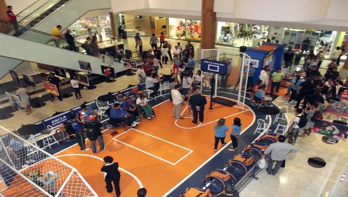 Arena do Experimentando Diferenças está montada em shopping de Natal (Foto: Klênyo Galvão)