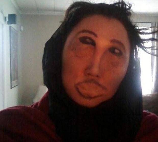 Restauração frustrada de 'Ecce Homo' faz sucesso como fantasia de Halloween. (Foto: Reprodução/Reddit)
