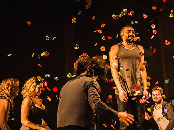'Os Inadequados' é um dos espetáculos apresentados no Teatro Carlos Gomes (Foto: Divulgação)
