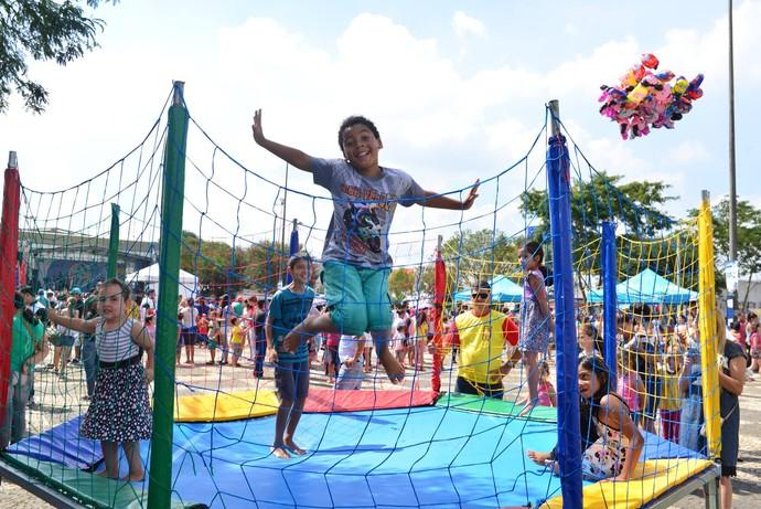 Durante a festa, a criançada aproveitou para brincar bastante (Foto: Priscilla Fiedler/RPC)