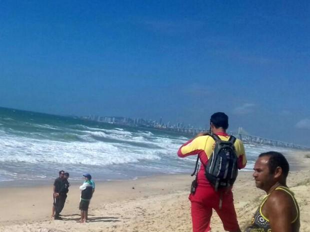Corpo de Francisco Lopes foi encontrado na Redinha, em Natal (Foto: Corpo de Bombeiros/Divulgação)