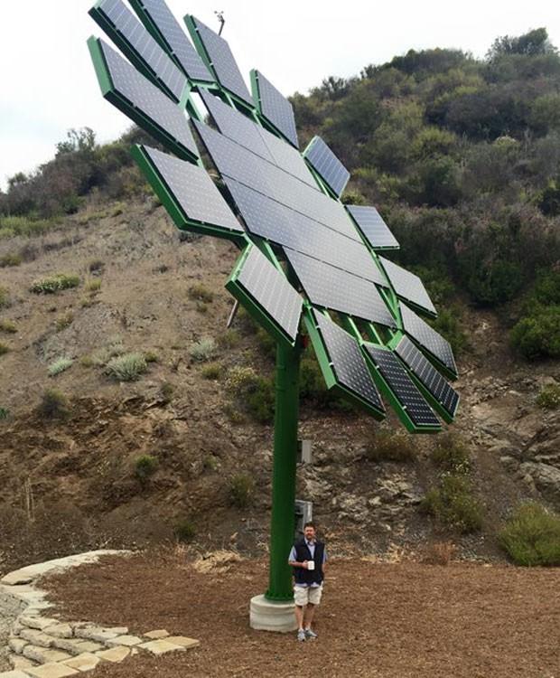 Painéis solares instalados por James Cameron, diretor de 'Avatar', em escola da Califórnia dirigida por sua esposa. (Foto: Divulgação/Muse School)