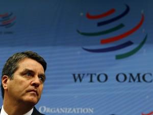 Roberto Azevêdo, novo diretor-geral da Organização Mundial do Comércio (OMC), durante sua primeira reunião geral na sede da OMC em Genebra, nesta segunda (9) (Foto: Reuters)