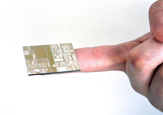 IBM investiga o uso do germânio na confecção de chips de 7 nanômetros (Foto: Divulgação/IBM)