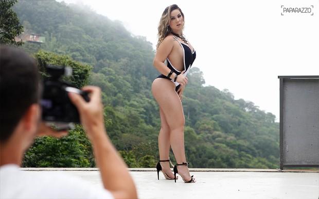 Making of Maria Claudia, a Cacau, no Paparazzo (Foto: Anderson Barros / EGO)