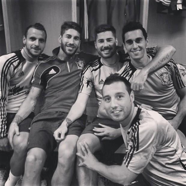 Espanha após treino em Genebra  (Foto: Reprodução)
