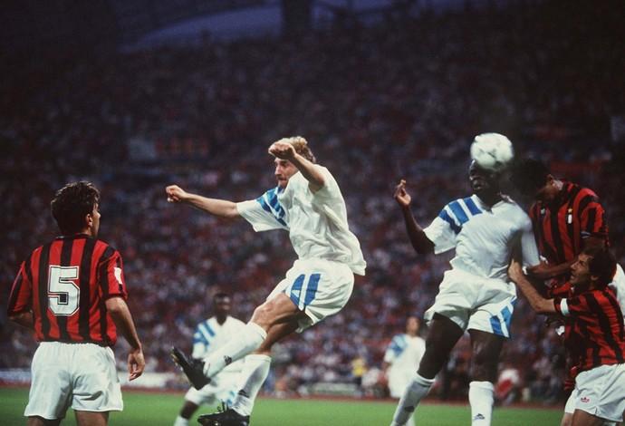 Olympique x Milan Liga dos Campeões 1993 (Foto  Getty) 3a5b9c45d65ef