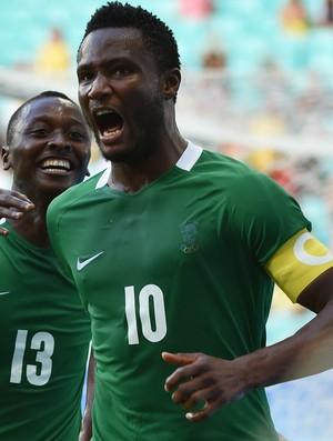 Obi Mikel Nigéria Dinamarca Olimpíada Rio (Foto: Nelson Almeida / AFP)
