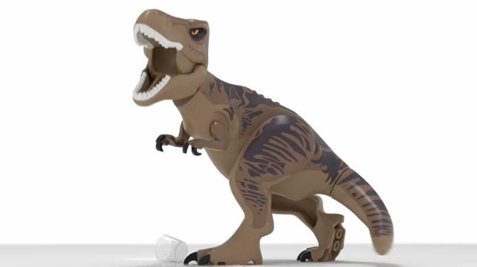 Tiranossauro Rex de plástico estrela o trailer teaser de LEGO Jurassic World (Foto: Reprodução) (Foto: Tiranossauro Rex de plástico estrela o trailer teaser de LEGO Jurassic World (Foto: Reprodução))