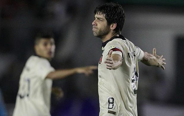 Juninho gol Vasco x Criciúma (Foto: Marcelo Sadio / Flickr do Vasco)