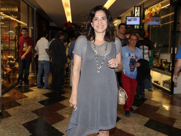 Totia Meireles em pré-estreia de musical na Zona Sul do Rio (Foto: Alex Palarea/ Ag. News)