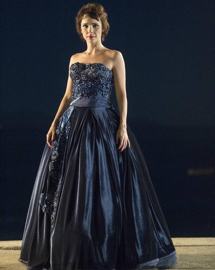 MARAVILHOSA! Verônica deu um show com vestido de festa (Foto: Estevam Avellar / TV Globo)