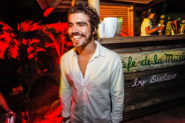 Caio Castro (Foto: Charles Naseh)