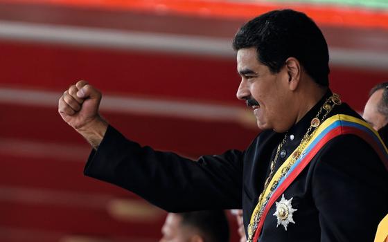 O presidente Nicolás Maduro,na parada pelo Dia da Independência da Venezuela (Foto: Carlos Becerra /AFP)