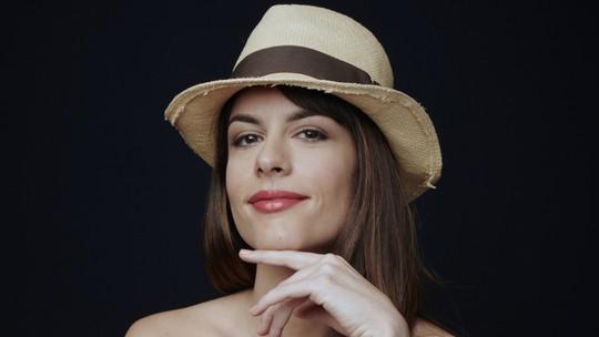 Luisa Micheletti comanda rede social do Gshow durante a exibição de 'Novo Mundo'