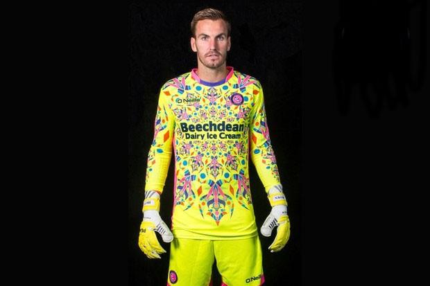 Camisa do Wycombe Wanderers (Foto: Divulgação)
